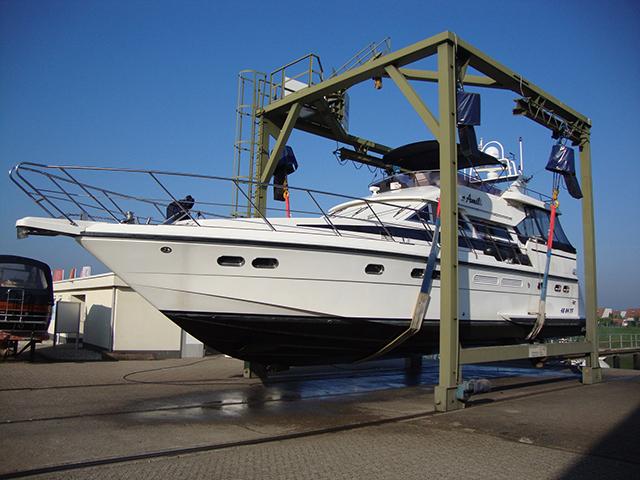 Jachthaven 't Eiland - 30 ton Botenlift